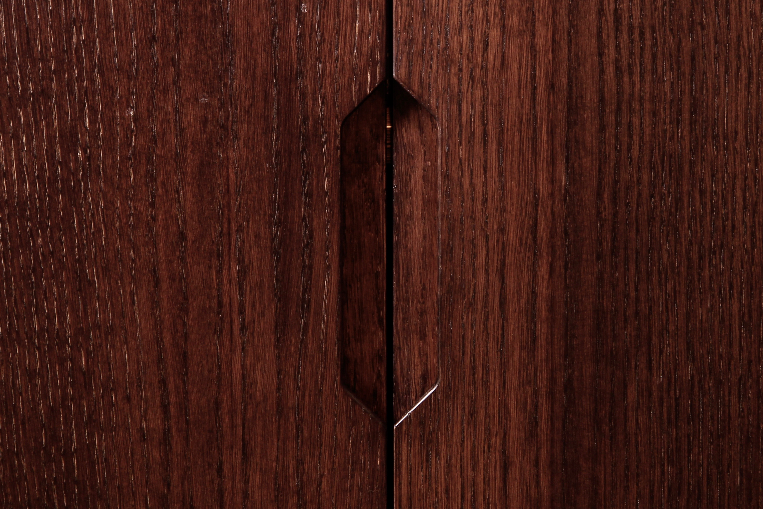 Recessed handle detail